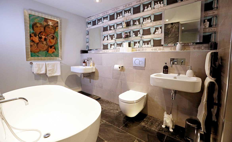 Bathroom design for apartment in city centre norwich