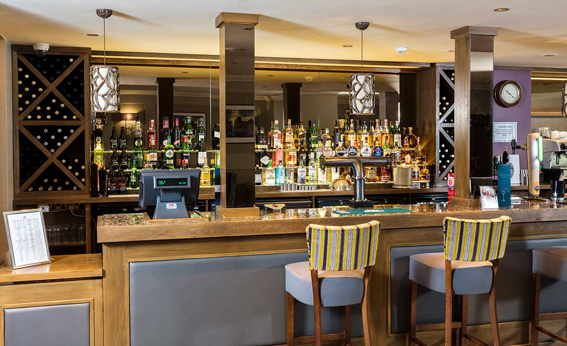 Park Farm Hotel Bar Area