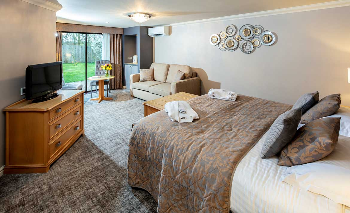 Bedroom Interior design at Park Farm Hotel
